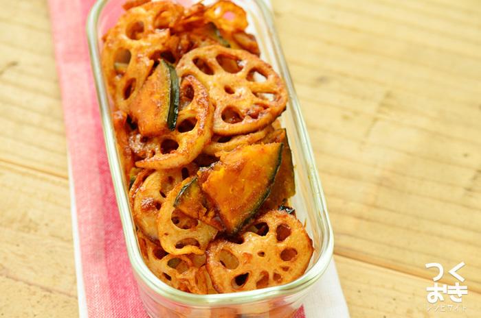 デリ風のおしゃれな、レンコンとかぼちゃのバルサミコ酢サラダ。バルサミコ酢とケチャップの味付けは絶妙!お弁当にもおすすめです。