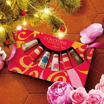 人気のチェリーブロッサム、ピオニー、シア、ヴァーベナ、ローズベルベットの5種類の香りが入ったとても贅沢なセット。ギフトはもちろん、お友達とシェアするのもいいかも♪ローズベルベットは2本入りなので6本入っていますよ。