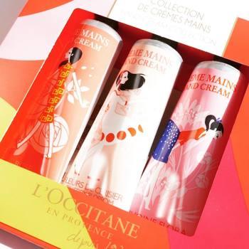 プロヴァンス出身のイラストレーター、シャーロット・ガストーがデザインした限定パッケージのセット。香りはローズ、チェリーブロッサム、ピオニーの3種類です。