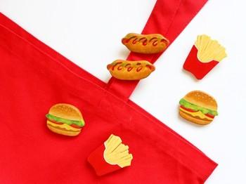 ホットドッグ、ハンバーガー、ポテトのブローチは、子供のバッグにつけても可愛いかも知れません。