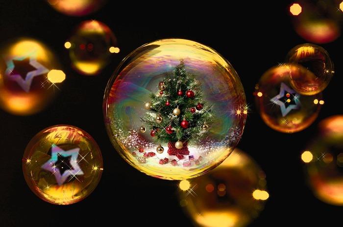 BGMも、ぬかりなく♪ゆったり過ごす『おうちクリスマス』に流したい音楽
