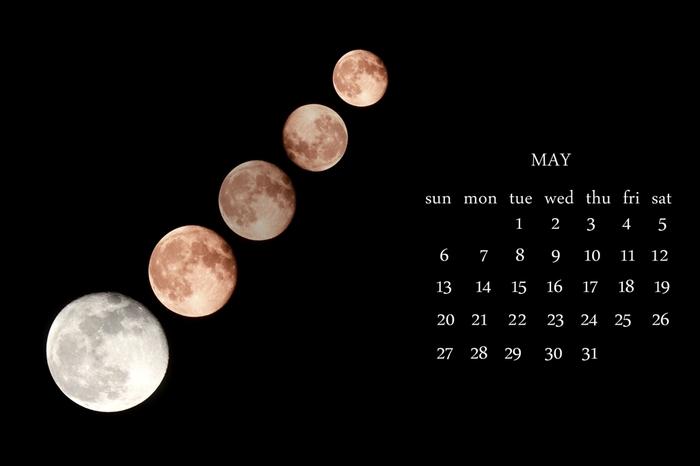 旧暦は月の周期を基準に作られており、1年で約12回満ち欠けが繰り返されることから1年が12か月になっています。ただし現在の太陽暦とは1年の日数が微妙に異なります。そのため旧暦と新暦では季節に1~2ヵ月のズレが生じます。