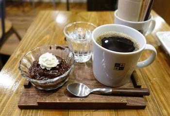 人気のコーヒーぜんざい。ベーグルやパウンドケーキといったコーヒーに合うフードも◎