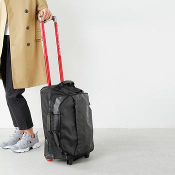 荷物が多い人、少ない人、個人差はありますがきれいに収まれば大丈夫。旅行先でお買い物をする場合には、持って帰ってくるスペースを空けることを忘れずにパッキングしましょう。