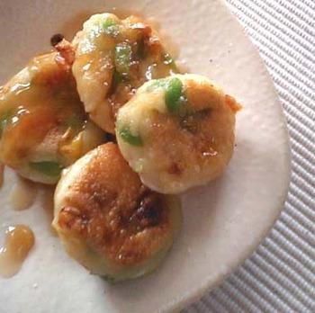 普段のご飯のおかずとしても活躍する、枝豆入り豆腐白玉のみたらし団子。ヘルシーな枝豆と豆腐の組み合わせで、おいしくキレイを目指しましょう!