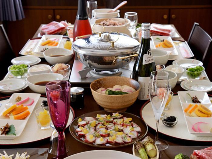 お正月は親戚や友人など、大切な方々に会える季節です。お家で新年会や、ちょっとしたおもてなしなどでお料理を用意する機会も増えそうです。