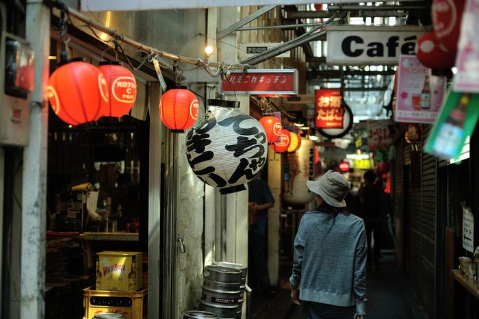 おいしく楽しいお店がいっぱいのハモニカ横丁。 昼も夜も楽しめる、何度も行きたい不思議な路地裏☆ハモニカ横丁に足を運んでみませんか?