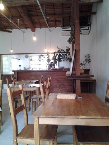 地元の野菜や地魚を使ったお料理や、手打ちの生パスタなどが人気のカフェレストラン。