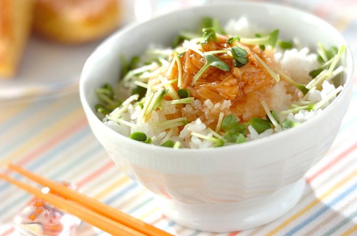 シンプルなのにこれだけで十分満足なご飯もの。ナメタケと大根おろしの最強コラボでいただきます♪