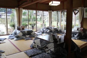 「たんば茶屋」は、自家製の米と大原産の野菜を使った、里山の素朴な料理が楽しめる食事処です。