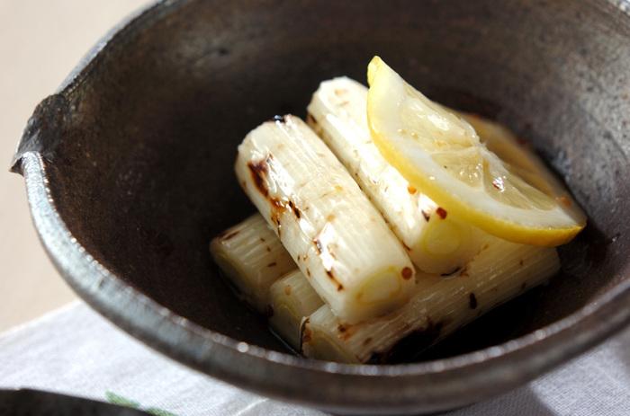 続いて今度は洋風のマリネです。マリネ液の作り方で味はが然ちがってくるので楽しめます。レモン汁や粒マスタードなどで味付けした液に漬け込みます。とってもサッパリとしたできあがりです。