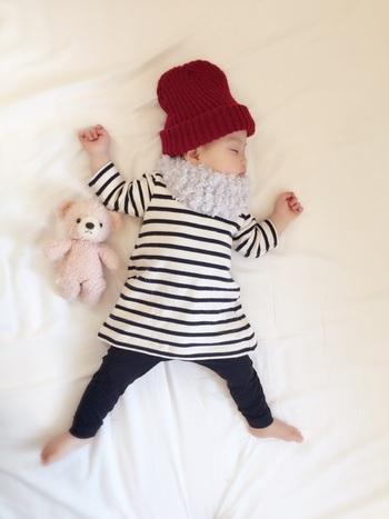 100均の毛糸で作ったという赤ちゃん用のスヌード。もこもこ感がかわいらしいです。子供用ならすぐに編めそう。