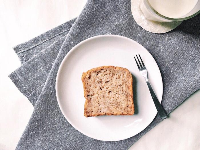 あんパンやクリームをはさんだパンなど、おやつ系のパンも素朴なのに、味わい深いものがたくさん。 その中でも人気No.1ともいえるのは、シナモンのスパイスが利いた「バナナブレッド」!ぜひ、お試しあれ!