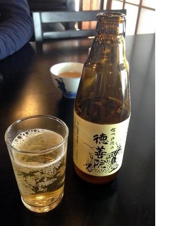 メニューには、蕎麦を原料にしたオリジナル『徳善院蕎麦ビール』も。