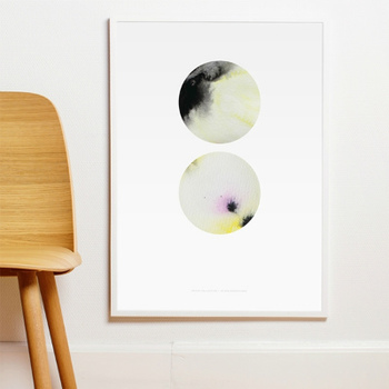 抽象的なイラストは見る人によっていろいろな捉え方ができます。丸く切り取られたイラストの向こう側に不思議な空間の広がりを感じます。
