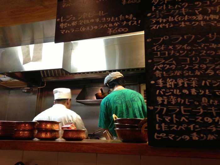 日本人の山登さんとインド人シェフのラムジーさんが切り盛りするお店です。本格的なインド料理が味わえます。