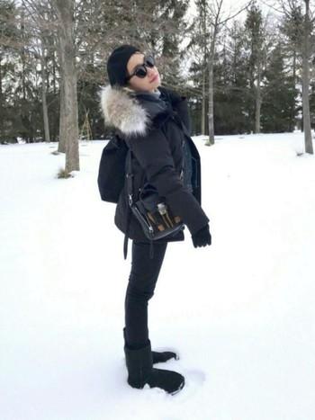 写真のカナダグースのダウンジャケットは「CRESTON(クレストン)」。アパレルブランド「IENA(イエナ)」の別注品です。