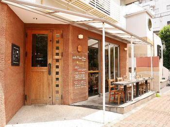 カフェマメヒコは「日本古来の豆と美味しいコーヒーを」をコンセプトに2005年にオープンしたカフェです。開店は8時と、朝早くからオープンしているので人気の朝食メニューを、お仕事前や休日の朝にもどうぞ。