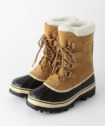40年以上変わらぬデザインを誇るソレルの代名詞「カリブー」。タウンユースにもピッタリなショートタイプのブーツです。