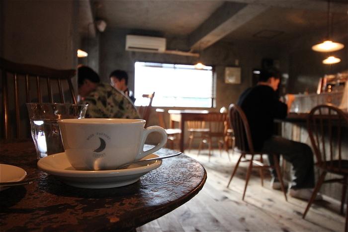 東京の三軒茶屋にMOON FACTORY COFFEE(ムーンファクトリーコーヒー)という姉妹店があるそうです。そちらも隠れ家的な雰囲気の落ちついたお店とのことなので関東方面の方はぜひ足を運んでみてくださいね。