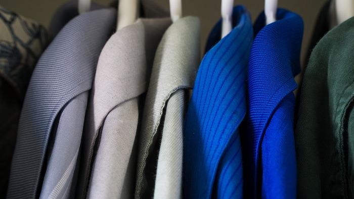 着用後、毎回のブラッシングするだけで毎年クリーニングに出す必要がなくなることも。