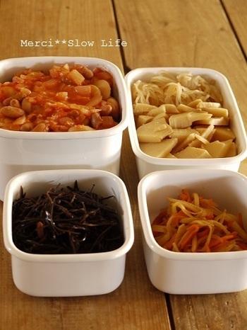 作り置きしておくことで、忙しい日のご飯づくりも簡単になる、という他にもメリットはたくさんあるんです。