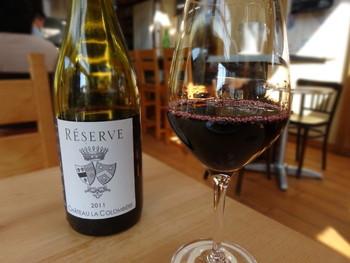 ワイン初心者も安心!店員さんが豊富なワインの中から、あなたにピッタリなワインを提供してくれます。