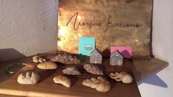 北海道産小麦や地元の素材を使ったパンが並びます。ハード系、ソフト系どちらもあり石窯独特の良い香りがプラス♪