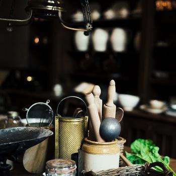 調理器具も必要最低限で問題ありません。お鍋があればご飯も炊けるし、炒めることだって可能ですよね!新しい便利なものばかりに走らず、代用できるものは利用して工夫する楽しみを味わうことがミニマリストへの第一歩です。