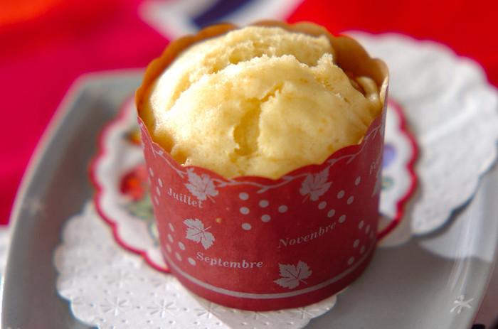 アプリコットとヨーグルトが爽やかな蒸しパンです。お好みのドライフルーツで代用してもOK◎