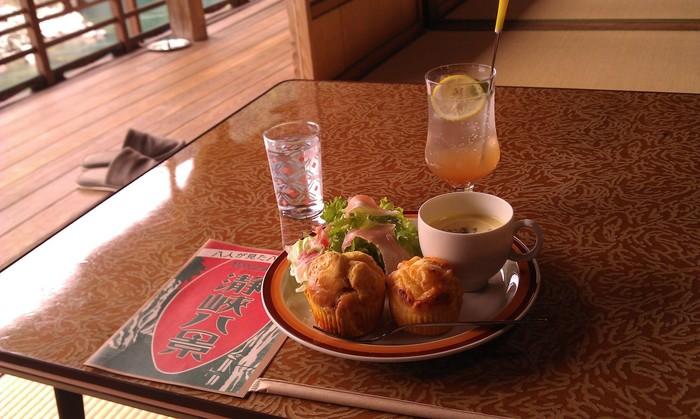 「瀞ホテル」ではマフィンやハヤシライスなど、ランチにぴったりの美味しいカフェメニューが人気です。売切れてしまうこともあるので、予約をしておくと安心ですよ!