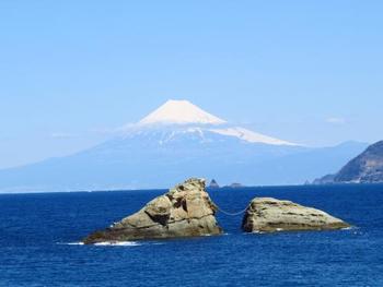 海の上から見る富士も、また絶景です。