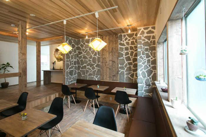 「自分らしくいられるひとときを」オーナーたちのそんな想いが込められたゲストハウス、雪結-yuyu-です。