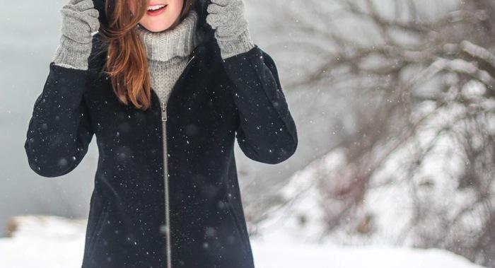 今回、人気デザインのコートをコーディネートを含めご紹介。自分らしい一着をみつけてみてはいかがでしょうか?