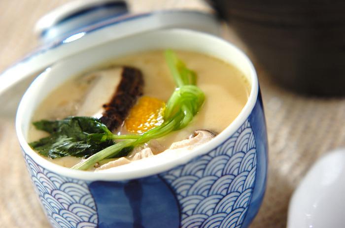 常備しておけば、和食メニューが身近になるほか、茶わん蒸しを作る際に出汁を冷ます手間が省けたり、あえ物などで少しだけ使いたい時にも便利。簡単に和食のレベルアップができますよ。