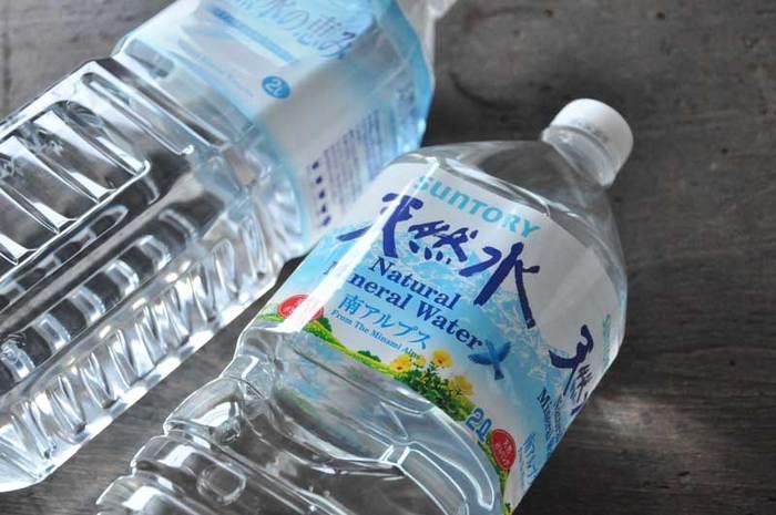 使用する水は、水道水で大丈夫です。ミネラルウォーターを使う場合は、ミネラルが少ない方がうま味が抽出されるので、軟水がおすすめです。