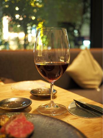 梅田には美味しいイタリアンレストランがたくさん軒を連ねています。ちょっと贅沢な気分でデートを楽しんだり、気のおけない仲間と気軽に食事したりと、いろいろなシーンにぴったりの素敵なお店が揃っていますよ♪ここからは、梅田で人気の高いおすすめイタリアンを順番にご紹介していきましょう!