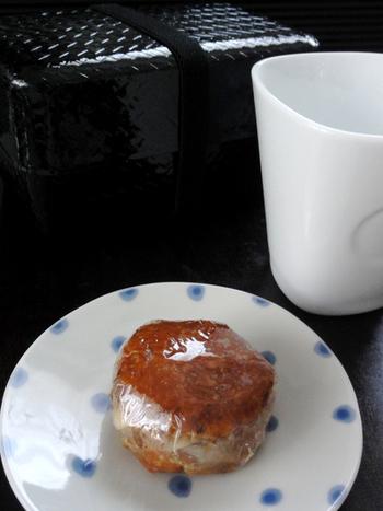 具だくさんの味噌玉レシピです。たまねぎとジャガイモ、サツマイモとすりごま、青ネギと生姜など。ボリュームのある一品は、お弁当にも最適です。
