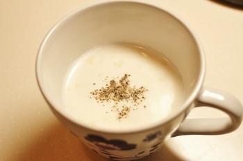 電子レンジで1人分から作れる簡単レシピ。 時間の無い朝も、これでほかほか温まれますね。