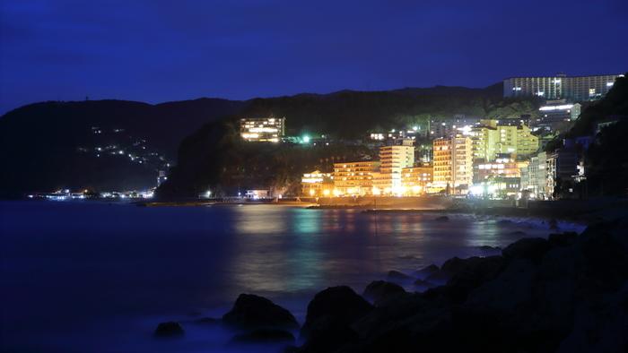 東伊豆には見どころがいっぱいあります。伊豆熱川、稲取、今井浜、河津など、温泉宿もたくさんあるエリアになります。