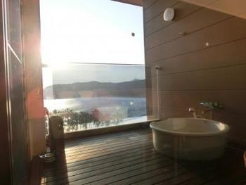露天風呂付き客室は、最高に贅沢な空間ですよね♪