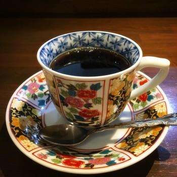 こんなにも素敵なカップでアフター珈琲ができちゃいます。