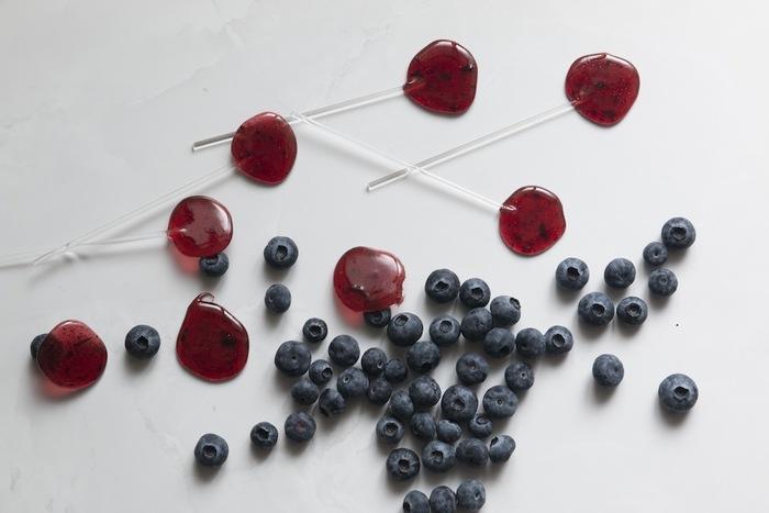 ストロベリー&ブルーベリーは完熟ブルーベリーとイチゴを組み合わせたフレーバーです。女性人気の高い二つのベリーを使って、色も美しく仕上がっていますね。