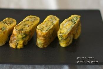 大葉は甘めの卵焼きにさわやかさをプラスしてくれます。大葉が数枚だけ余ってしまった時の消費にもおすすめですよ。