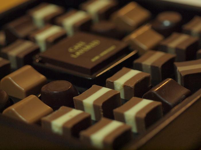 バレンタインと言えば、やっぱりチョコレートですよね。チョコレートをアレンジして、見た目も楽しいバレンタインスイーツを作ってみましょう?