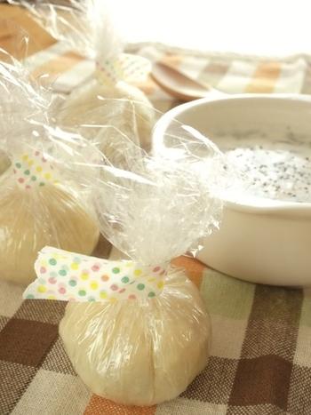 洋食には「スープ玉」がおすすめ。牛乳といっしょに電子レンジでチンすれば、お手軽スープのできあがり♪作りおきして冷凍保存も可能です。