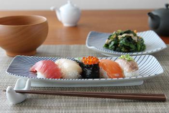 お寿司もどこかモダンな雰囲気に。