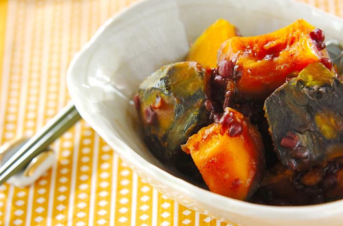 甘いかぼちゃと小豆で、ほっくり和の煮物。一晩おいた方が、味が沁み込んで美味しい!