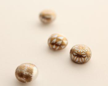 伝統を知り、日常的に身に付ける。「KARAFURU」の蒔絵パールアクセサリー