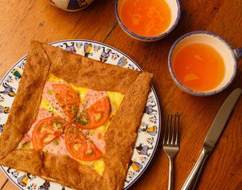 ランチでは、お手軽なガレットランチも人気。そば粉の塩味クレープは、風味がよくて何度も食べたくなるおいしさだとか。